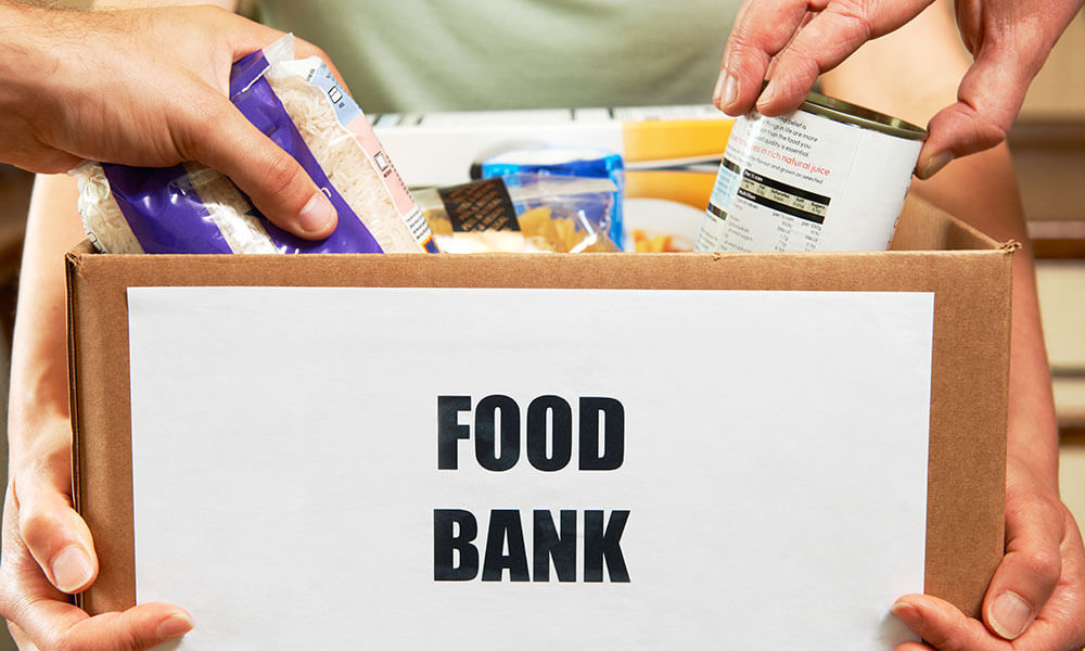 Sarratt Supports The Watford Food Bank To Help Those In Need
